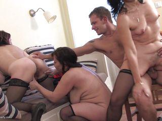 Секс со старым учителем