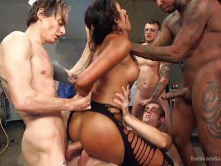 Домашнее двойное проникновение порно фото